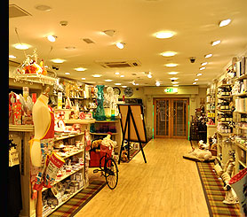 An energy saving display lighting scheme in a fashion shop